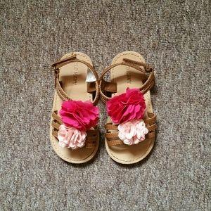 👯$5 IF BUNDLE. Old navy toddler sandals